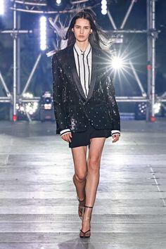 Balmain Spring 2020 Menswear Fashion Show - Vogue Source by outfits primavera Fashion Kids, Dolly Fashion, Winter Fashion Outfits, Fashion Show, Fashion Design, Fashion Weeks, Fashion Styles, Fashion Fashion, Fashion Brands