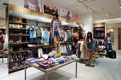 STORE DESIGN IDEAS SECOND HAND | Quicksilver store by Specialnormal Tokyo 07 WOODEN STORE INTERIORS ...