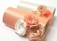 Shabby Chic Peach Bridal Clutch or Peach Bridesmaid Clutch  - Kisslock Snap Bouquet Clutch - Ivory Pale Pink