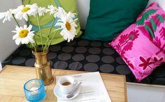 Das bunte Café August © Gudrun Krinzinger Gudrun, Throw Pillows, Last Minute Vacation, Cruises, Cushions, Decorative Pillows, Decor Pillows