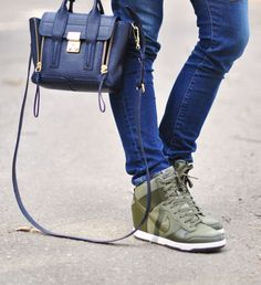 nike sneaker wedges-phillip lim min bag Nike Wedge Sneakers, Sneaker Wedges, High Top Sneakers, Nike Outfits, Fashion Outfits, Street Style 2014, Nike Dunks, French Fashion, Phillip Lim