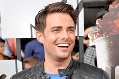 "Jonathan Bennett, from the hit movie ""Mean Girls"" as Aaron Samuels. Photo Credit: globalnews.ca Read more: http://www.urbantabloid.com/actors-didnt-know-were-gay-in-real-life/4/#ixzz3mvkIF200"
