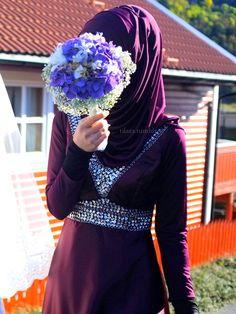 Beautiful Bridesmaid! its purple! thats why it reminded me of you @Fatimah Usman Alidina