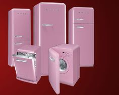 October is Breast Cancer Awareness Month and a number of retailers have produced special pink products to help raise money for Breakthrough Breast Cancer. Appliance manufacturer, Smeg UK, has gone decidedly pink with their fab range of retro appliances. Pink Kitchen Appliances, Smeg Kitchen, Vintage Appliances, White Appliances, Kitchen Decor, Pink Kitchens, Bosch Appliances, Pink Smeg Fridge, Casa Kids