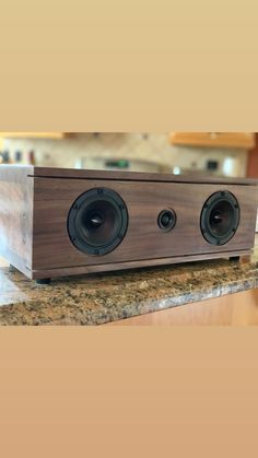 Gute Bluetooth Boxen : die 163 besten bilder von bluetooth boxen bluetooth box und lautsprecher ~ Watch28wear.com Haus und Dekorationen