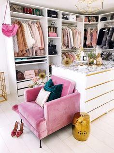 Luxury Walk In Closet Design Ideas for the Sophisticated Home Walk In Closet Design, Wardrobe Design, Closet Designs, Wardrobe Closet, Closet Bedroom, Closet Space, Pink Closet, Open Wardrobe, Master Closet