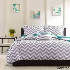 Mizone Aries Reversible 4-piece Duvet Cover Set | Overstock.com Shopping - The Best Prices on Mi-Zone Teen Duvet Covers