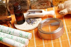 Acupuncture needles, moxa sticks, lavender petals with macerated oil, giner and herbs in jars TCM Traditional Chinese Medicine concept photo Essential Oils For Cancer, Essential Oil Uses, Young Living Oils, Young Living Essential Oils, Natural Cures, Natural Healing, Healing Oils, Polycystic Kidney Disease, Kidney Cyst