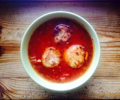 zupa pomidorowa z pieczonymi kluskami z mozzarellą
