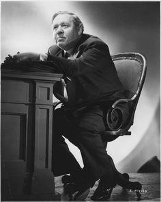 Charles Laughton - Questa terra è mia 1943 http://www.filmtv.it/film/23101/questa-terra-e-mia/foto/1281911/