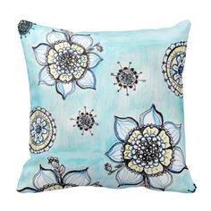 """""""I love flowers"""" Throw Pillow Pillows"""