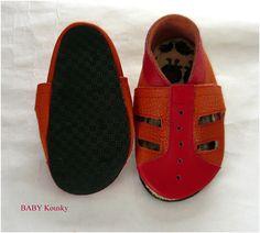 Capáčky-sandálky Crocs, Baby Shoes, Sandals, Kids, Clothes, Fashion, Young Children, Outfits, Moda