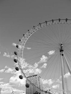 doppel : punkt: OFF TO LONDON London, Blog, Fair Grounds, Photography, Dots, Photograph, Blogging, Photo Shoot, Fotografie