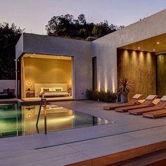 Bela casa pra dar uma festa!  #friday #sexta #decor #arquitetura #architect #hombrelifestyle