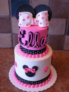 baby mickey mouse cakes   We have done lots of Mickey Mouse cakes, but this is our 1st Minnie.