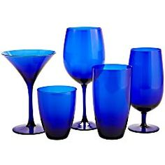 The cousins to my blue wineglasses from a convenient store in Sweden are apparently located at Pier1! Will reunite you guys soon!