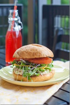 Chicken Sandwich for Lunch. It comes together, in under 3 minutes, with no prior prep!