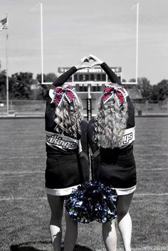 Captain/cocaptain Cheer Coaches, Cheer Stunts, Cheer Mom, Cheer Team Pictures, Cheer Pics, Cheerleading Pictures, Softball Pics, Volleyball Pictures, Cheer Picture Poses
