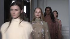 VALENTINO HAUTE COUTURE SPRING/SUMMER 2017 COLLECTION