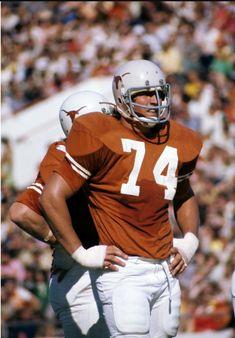 Doug English College Football Players, Football Stuff, Sport Football, Football Fans, Football Helmets, Colt Mccoy, Ricky Williams, Texas Longhorns Football, University Of Texas
