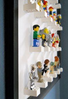 Coole Idee zur Aufbewahrung der Legofiguren: Framed Lego figure display