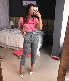 "Style Girl Brasil on Instagram: ""Um pouquinho de cor para essa quarta ♡ #stylegirlbrasil"""