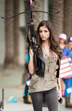What's sexier than Daryl Dixon? A hot lady cosplaying Daryl Dixon!