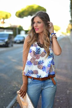 PINEAPPLES 6-8-2014  Top: Sheinside (New) Jeans: Zara (Sales S/S 14) Similar Cuñas / Wedges: Zara (Old)