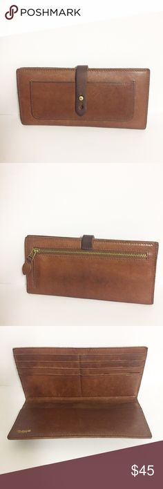 """Madewell Checkbook Wallet Size: 3.5 """" H x 7.5"""" L approx. 8 cars slots , 2 bill slots and back zippered pockets. Discontinued style. Madewell Bags Wallets"""
