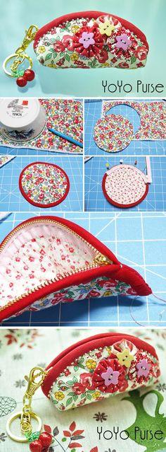 Magical Yo-Yo coin purse in cloth Glorious Zipper purse bag purse field. Diy Bags Purses, Fabric Purses, Diy Purse, Coin Purses, Coin Purse Tutorial, Zipper Pouch Tutorial, Tote Tutorial, Tutorial Sewing, Patchwork Bags