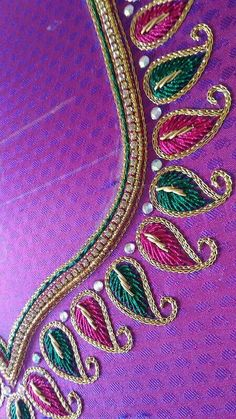 A lovely closeup shot Aari Embroidery, Embroidery Neck Designs, Hand Work Embroidery, Simple Embroidery, Embroidery Blouses, Cutwork Blouse Designs, Simple Blouse Designs, Bridal Blouse Designs, Blouse Neck Designs