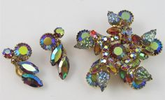 Unique Vintage Pink AB Art Glass & Rhinestone Star Brooch & Clip On Earrings SET