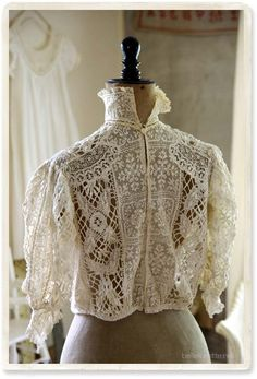 Victorian Blouse, Victorian Lace, Antique Lace, Vintage Outfits, Vintage Dresses, Vintage Fashion, Edwardian Clothing, Edwardian Dress, White Tea Dresses