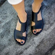 Big Size Women Breathable Hollow Peep Toe Buckle Black Flat Sandals is comfortable to wear. Shop on NewChic to see other cheap women sandals on sale. Stylish Sandals, Sandals For Sale, Flat Sandals, Summer Sandals, Strappy Sandals, Cheap Sandals, Hiking Sandals, Kids Sandals