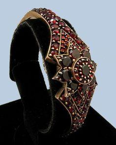 "Victorian Rolled Gold Bohemian Garnet Star Hinged Bracelet - 3/4"" wide"