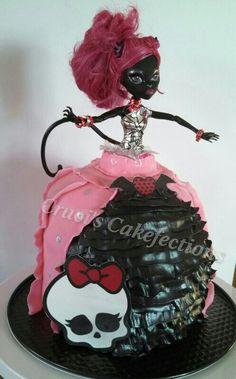 Monster High cake doll,  Catty Noir.