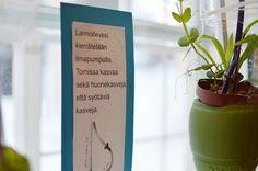 Aiheesta löydät lisätietoa myös Satula-tilan seinissä ja ikkunoissa olevista  infolapuista, joissa kerrotaan muun muassa kasvien kastelujärjestelmästä.