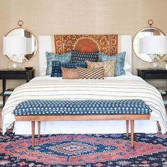 Lewis of Amber Interiors shares with readers how to create your very own Bohemian Bedroom in just a few steps.Amber Lewis of Amber Interiors shares with readers how to create your very own Bohemian Bedroom in just a few steps. Bohemian Bedroom Decor, Decor Room, Home Decor Bedroom, Bedroom Ideas, Modern Bedroom, Eclectic Bedrooms, Bedroom Inspiration, Bedroom Designs, Diy Bedroom