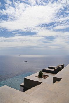 This infinite pool in Greece is my definition of paradise.