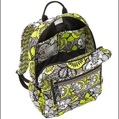 Vera Bradley Campus Backpack Vera Bradley Campus backpack with padded straps, interior organizational pockets, three zippered compartments, and a side bottle pocket!! Pattern:Citron! Green/yellow and white flowers with tan background and black designs! Gently used and will be washed and cleaned before shipping :) Vera Bradley Bags Backpacks