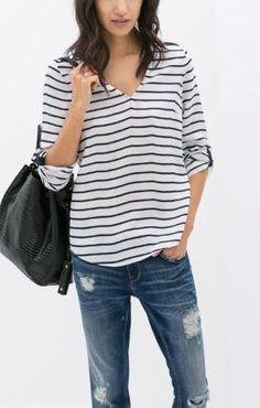 Black White Stripes V-neck Long Sleeve T-shirt