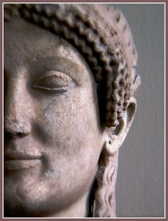 Etruscan vestal virgin sculpture with the trademark smile Pergamon Museum Berlin Ancient Rome, Ancient Greece, Ancient Art, Ancient History, Ancient Goddesses, Gods And Goddesses, Pergamon Museum, Greek Statues, Greek History