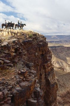 Enjoy magnificent scenery on a riding safari in #Namibia with the Namibia Horse…