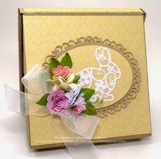 Une création de Kasimodo pour Pâques! Manon, Occasion, Creations, Card Holder, Boxes, Frame, Gifts, Decor, Make A Map