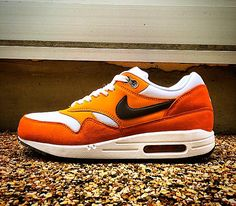 Nike Air Max 1 Essential – White / Medium Ash – Kumquat