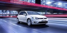Volkswagen has unveiled the new Golf GTE plug-in hybrid ahead of its world debut at the Geneva Motor Show next month, which is rated at 157 mpg on the EU cycle. Volkswagen Golf, Audi A3, Vw Parts, Auto Motor Sport, Bike News, First Drive, Geneva Motor Show, Car Magazine, Brazil