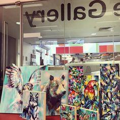 Dropping off some work for an exciting new gallery @theturbinegallery #art  #artist #artoftheday #artistsoninstagram #canvas #fineart #spraypaint #spraypaintart #sianstoreyart #birdart #bear #owlartwork #owl #colour #gallery #exhibition by sianstoreyart