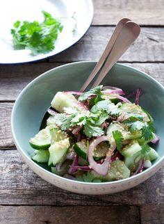 Komkommersalade van Ottolenghi   eten uit de volkstuin