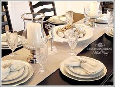 Christmas Table Setting Ideas- Create a White Christmas Table!