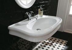 klassieke badkamers, wastafelkraan en wastafel